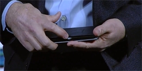 излгнутый экран Samsung