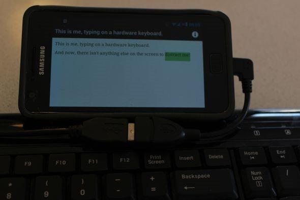 Подлкючение клавиатуры к смартфону