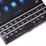 blackberry passport клавиатура крупным планом