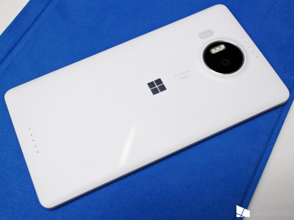 lumia 950 xl вид сзади